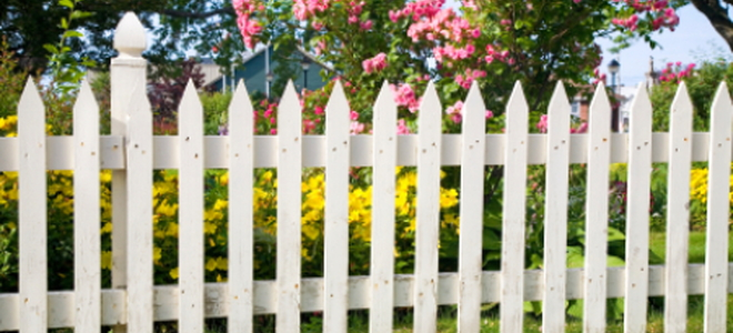 Build A Fence Using Post Spikes Doityourself Com