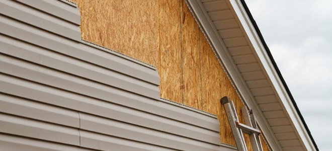 How To Install Vinyl Siding In 8 Easy Steps Doityourself Com