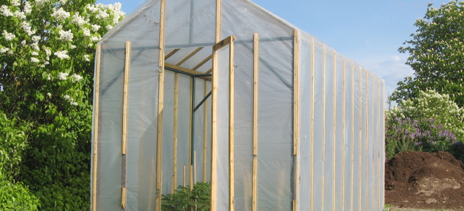 4 Types Of Greenhouse Plastic To Use
