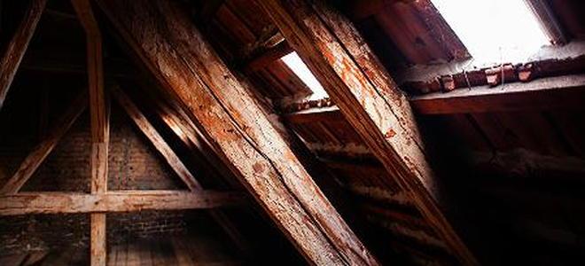 How an attic gable fan works for Attic air circulation