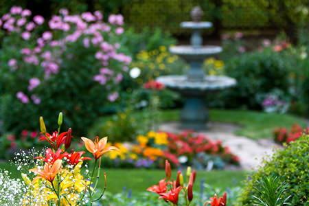 Great Backyard Landscaping Ideas Doityourself Com