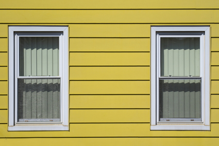 8 Tips For Cleaning Aluminum Siding Doityourself Com