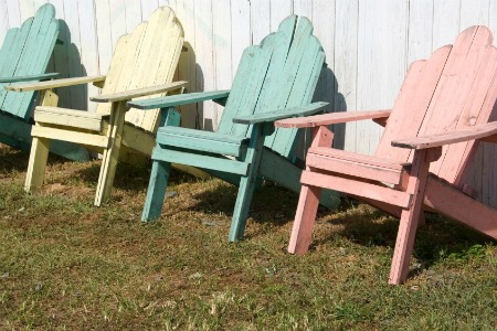 Shabby chic painted furniture 3 colors to stick to - Shabby chic outdoor furniture ...