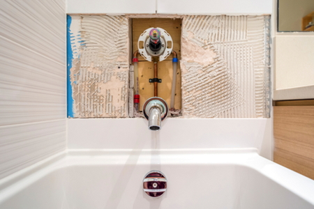 How To Remove Caulking From A Tub Surround Doityourself Com