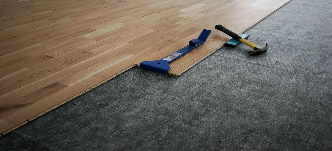 Installing Glueless Laminate Flooring, Can Laminate Flooring Be Laid Over Carpet Underlay