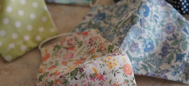 fabric face masks with beautiful floral patterns