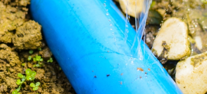 & How to Repair a Cracked Plastic Pipe | DoItYourself.com