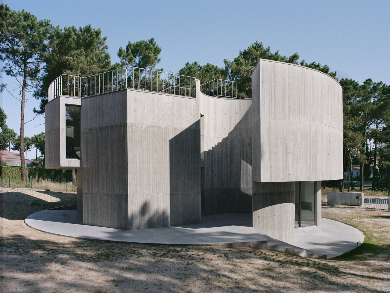Casa Trevo: Monolithic Retirement Residence With a Rooftop Pool