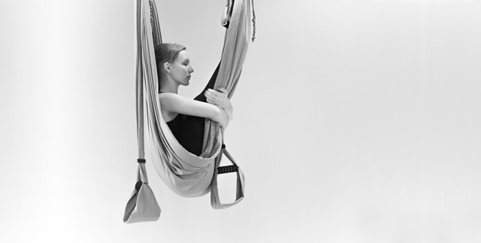 anti-gravity-swinging-wonder-amsterdam-mature-porn