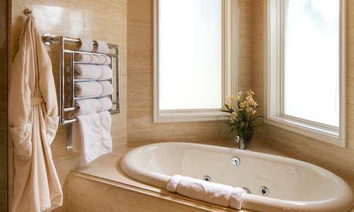 Palazzo Suite  Bathroom