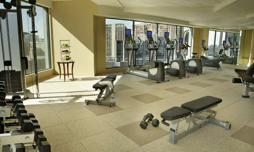 Located on the 18th floor, our work out facilities provide superior views of the city while working out. Enjoy a chilled towel at the end of your workout to relax and unwind