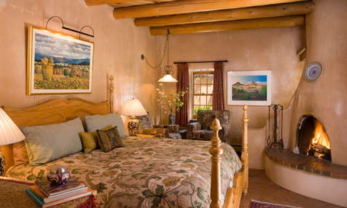 Casita Acequia Madre with fireplace