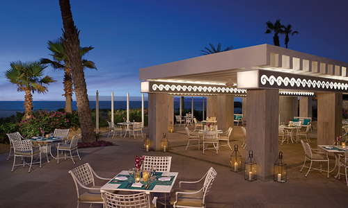 Oceana Restaurant at Dreams Los Cabos, with amazing seafood for everyone.