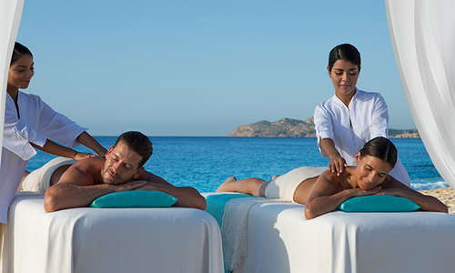 Our Dreams Spa offers relaxing massages by the beach.