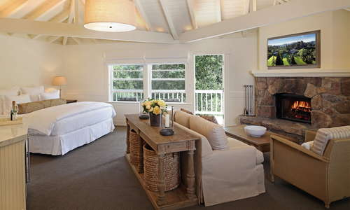 Hillside Terrace Room