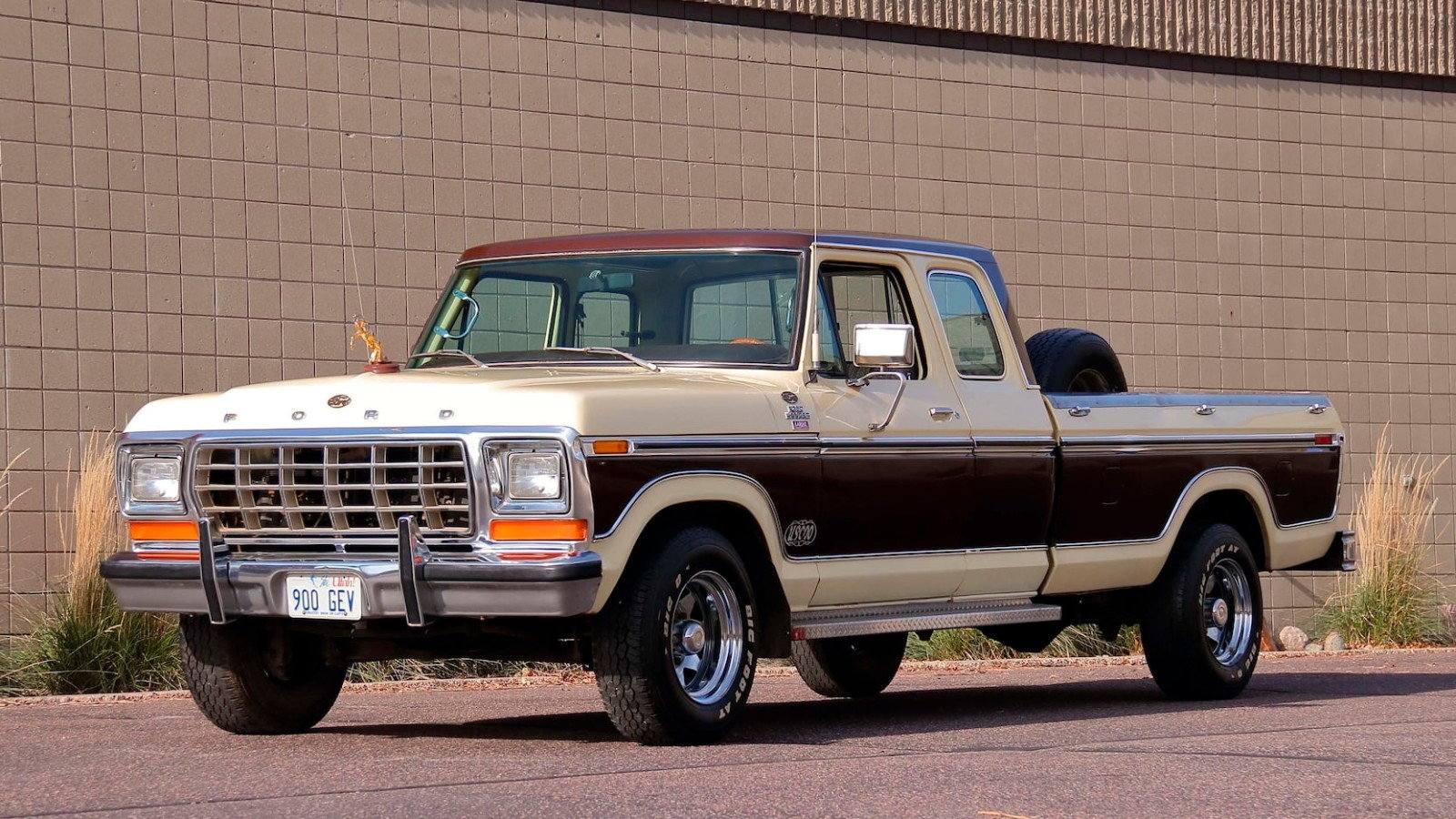 John Wayne S 78 Ford F 350 Also A Super Rare Supercab Ford Trucks