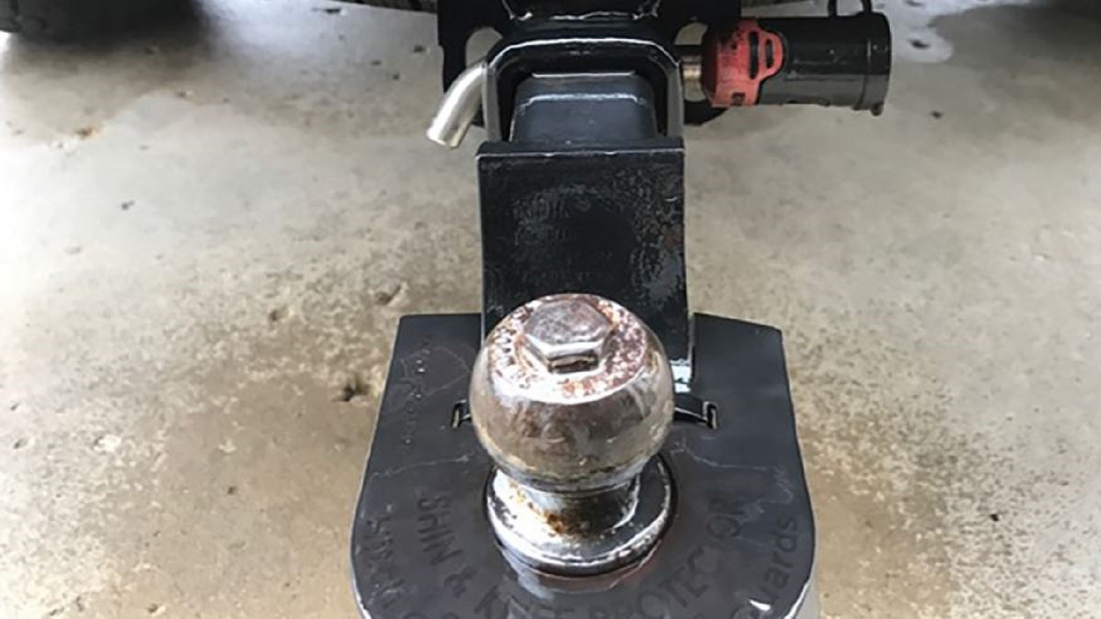Properly Maintain Your Hitch Ball