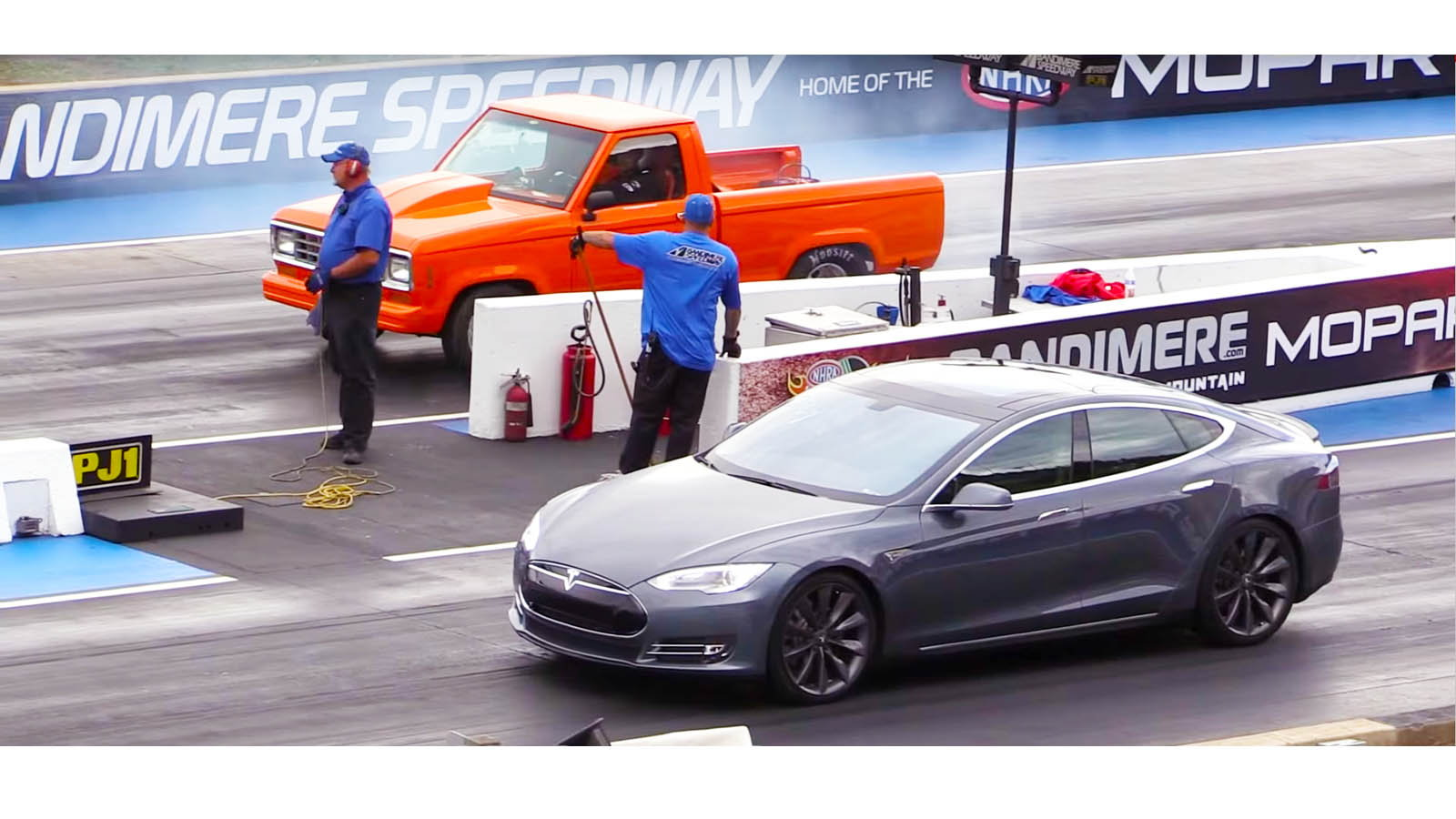 Built Ford Ranger vs Tesla Model S