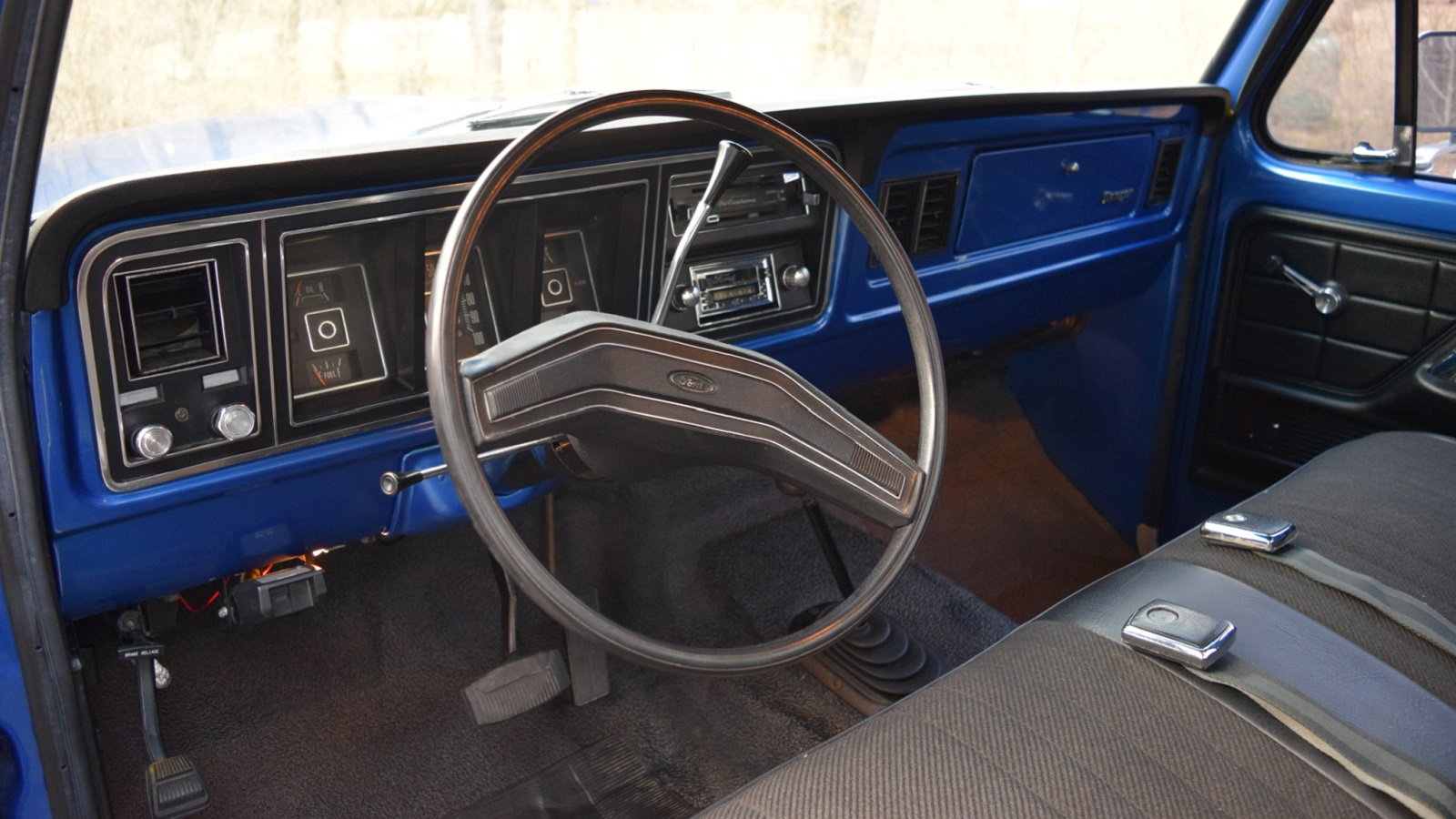 Beautiful Blue 1974 Ford F-250 Highboy Is Pure Perfection