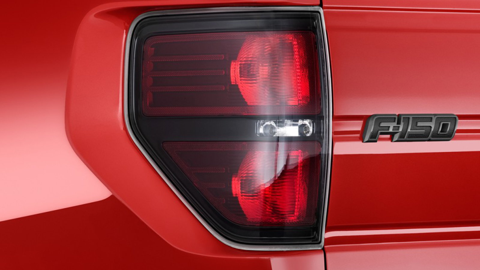 Ford F 150 F 250 How To Replace Your Tail Light Assembly Ford Trucks