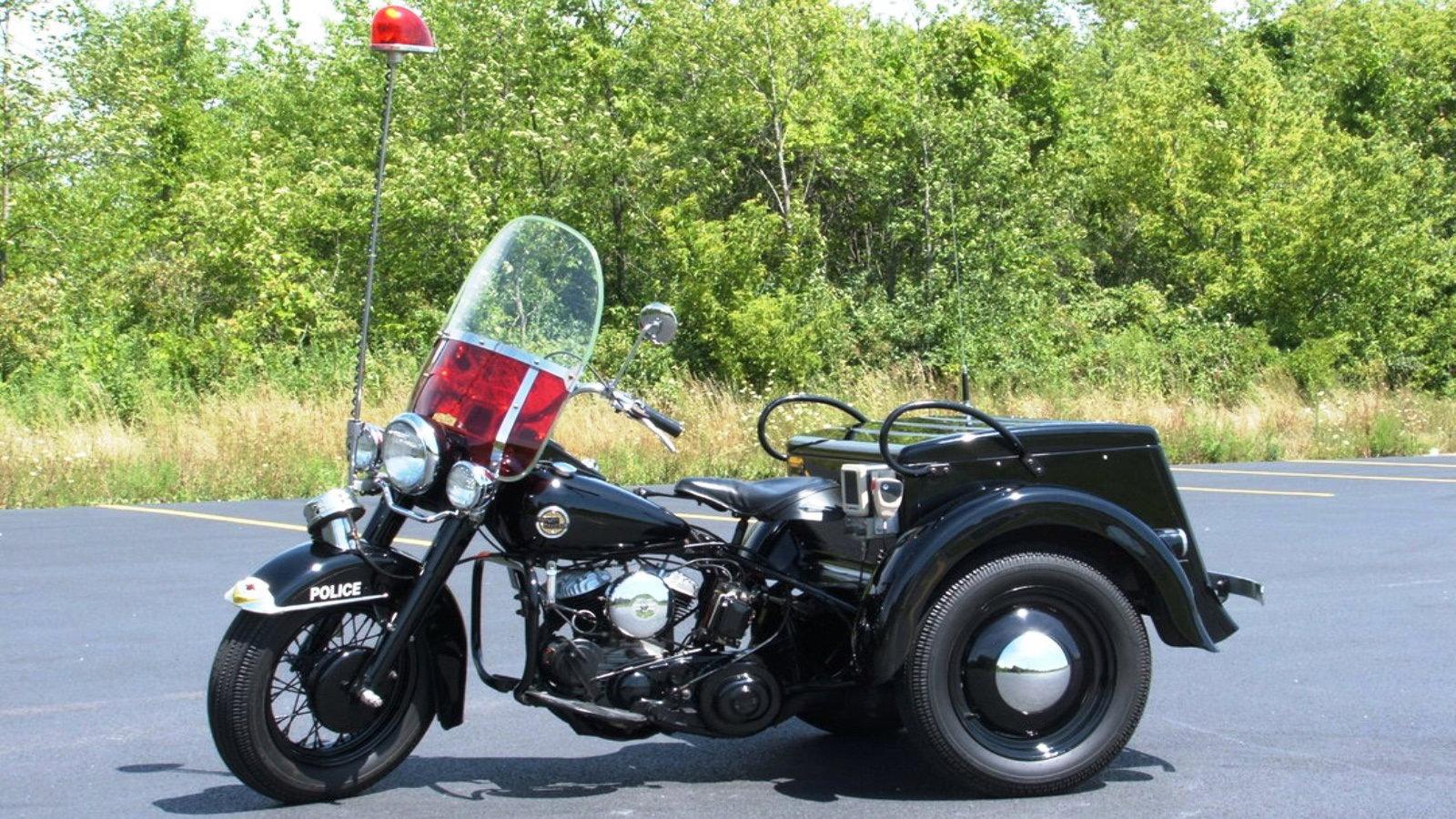 1960's Police Servi-Car