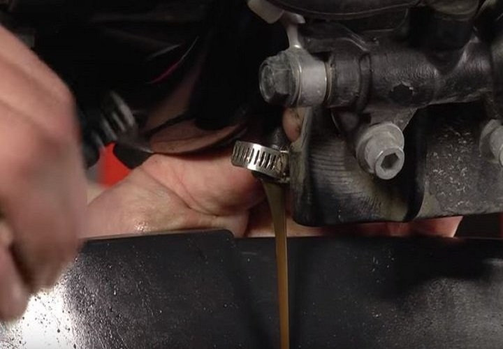How Much Oil Does A Harley Davidson Sportster  Take