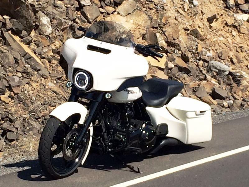 Harley Davidson Road Glide Daymaker Headlights