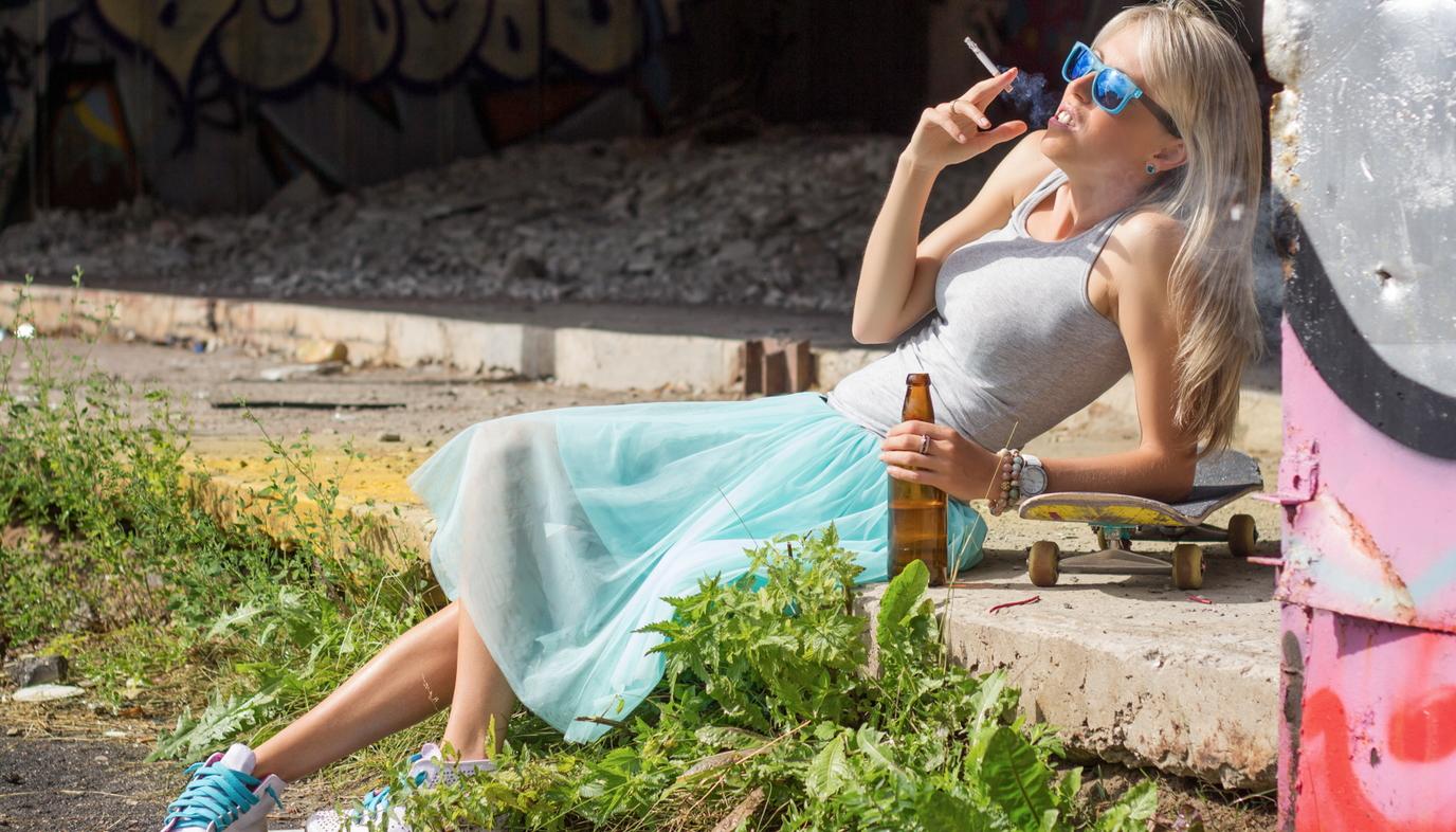 teen girl smoking and drinking