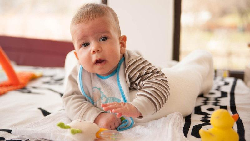 baby wearing bib
