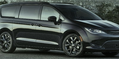 2018 Chrysler Pacifica gets Sporty S Package