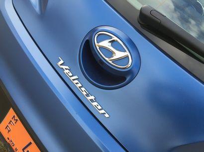 2016 Hyundai Veloster Rally Edition 1.6L Turbo rear fascia detail