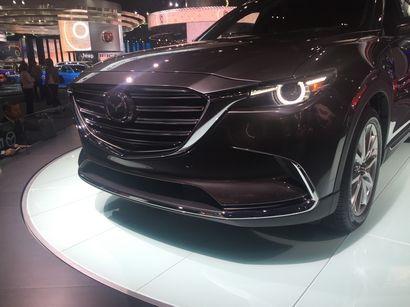 2016 Mazda CX-9 Signature front fascia detail