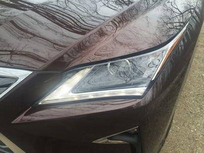 2016 Lexus RX 350 LED DRL detail