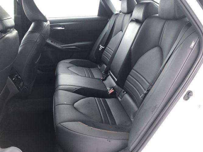 2019 Toyota Avalon Touring exterior