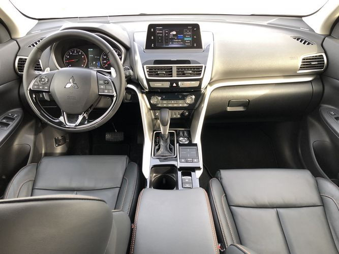 2019 Mitsubishi Eclipse Cross SEL interior