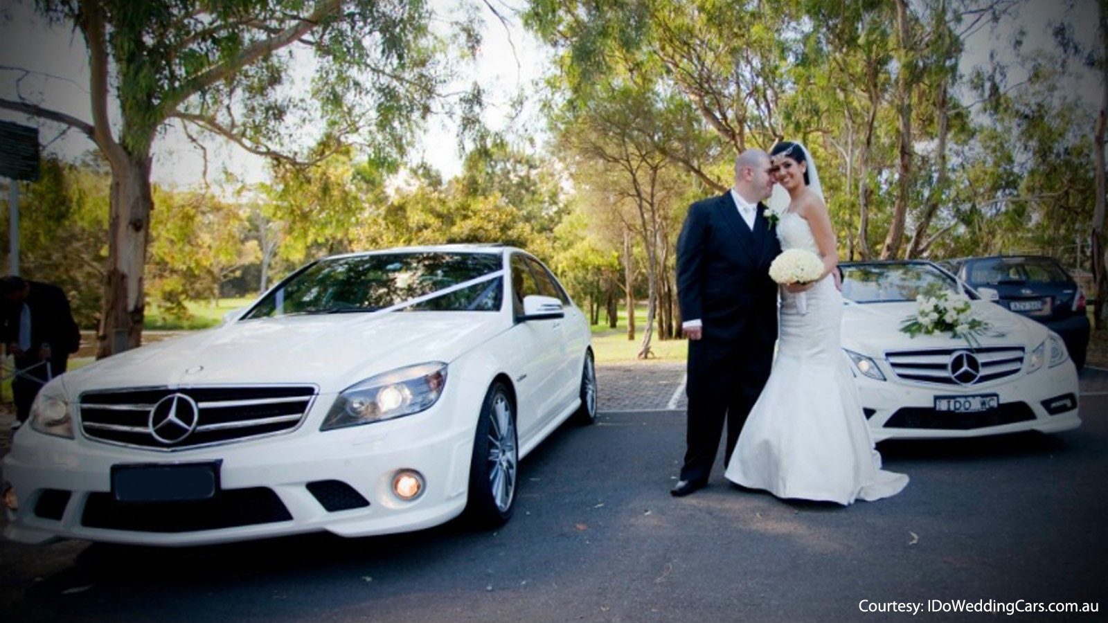 5 Times Mercedes-Benz Was Decorated for a Wedding | Mbworld