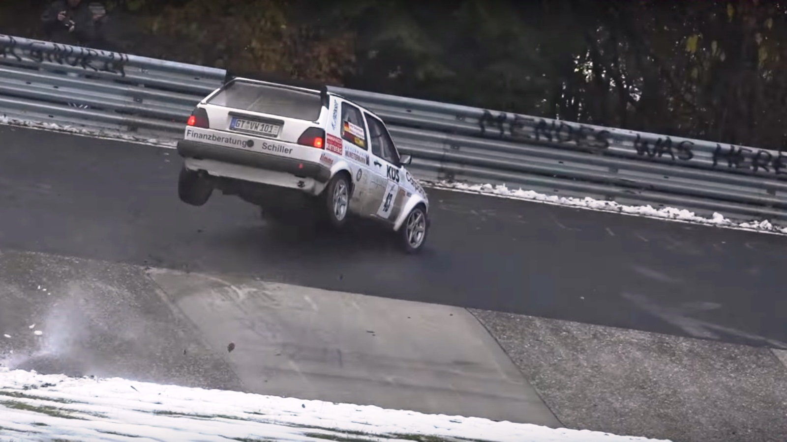 Nürburgring Tries to Kill All the Golfers