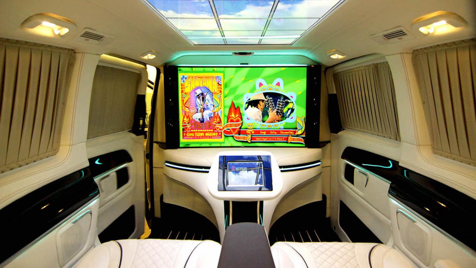 HQ Custom Design Luxury Van