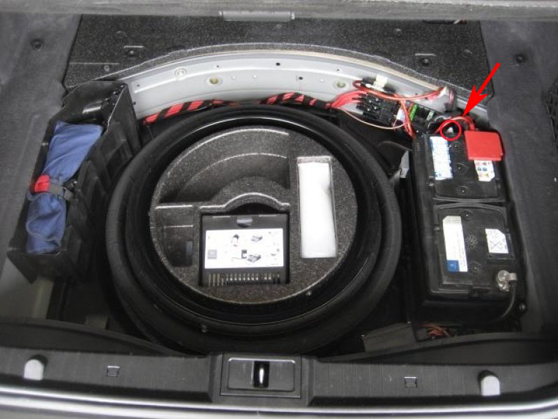 Mercedes benz e class and e class amg how to replace main for How to open the trunk of a mercedes benz e320