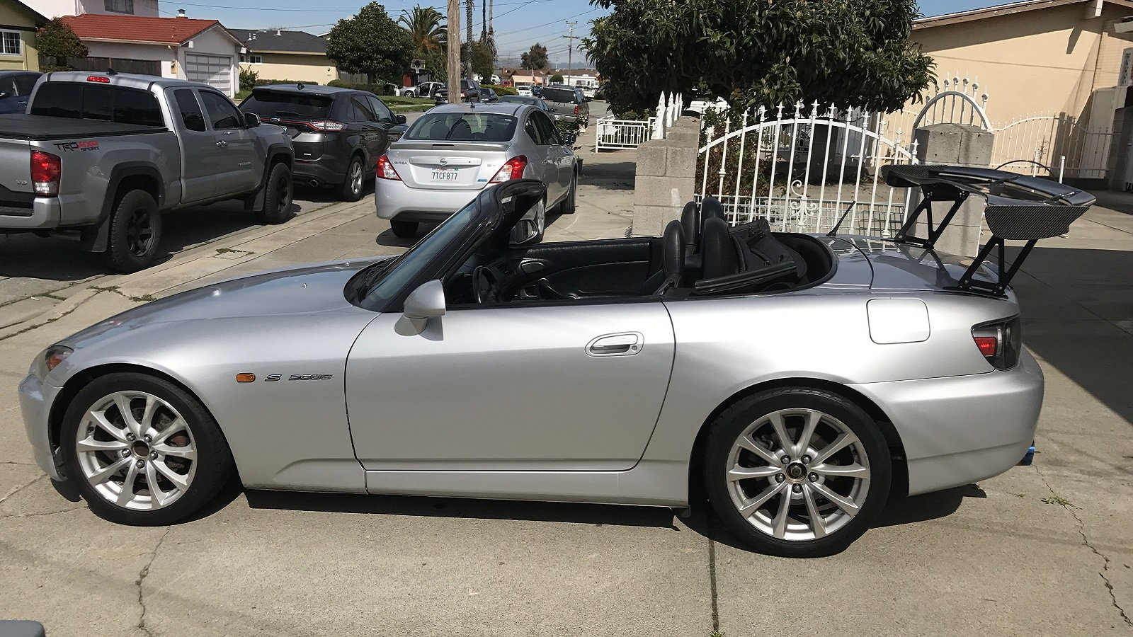 AP2 S2000 Built to Be a Weapon on Track