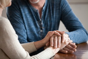 Tips for Setting Boundaries When Reconnecting With Loved Ones