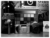 http://www.steves-digicams.com/camera-reviews/panasonic/lumix-dmc-gh4/P1160021.JPG