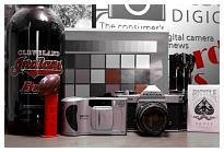http://www.steves-digicams.com/camera-reviews/panasonic/lumix-dmc-fz1000/P7240234.JPG