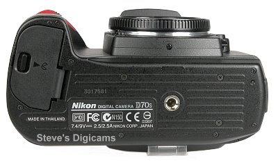 Nikon D70S SLR