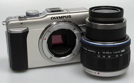 olympus_e_pl1_with_lens.jpg