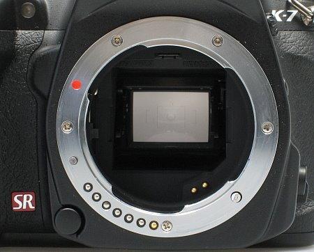 pentax_k7_lens_mount.jpg