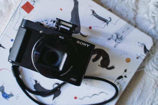 SonyHX99_ProductShots_13.jpg