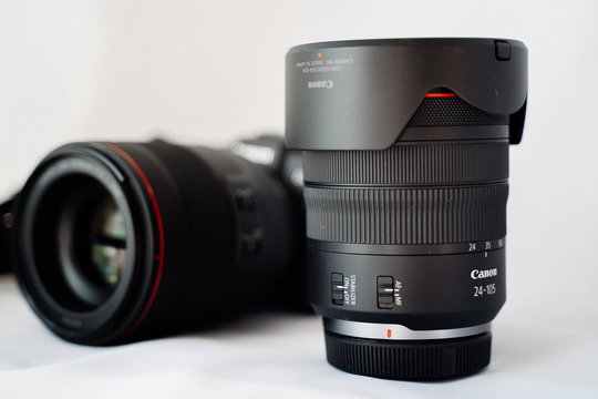 Sony24-105mm_ProductImage_01.jpg