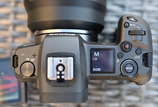 Canon-EOS-R-top.JPG