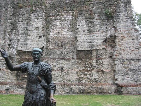 trajan statue.JPG